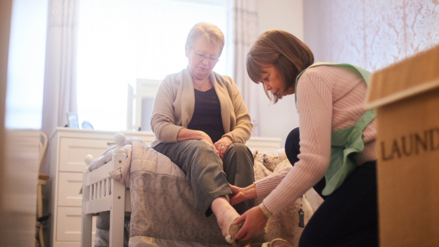 Standard Assisted Living VS Assisted Living Memory Care Units